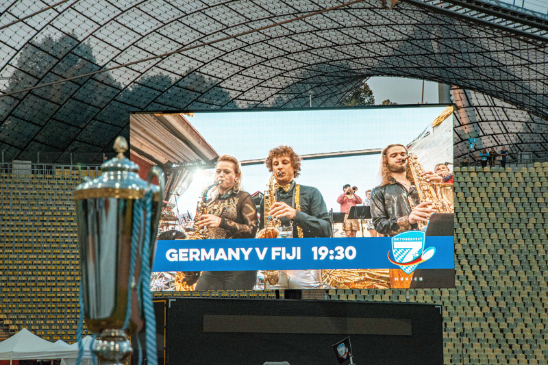 Bigband Dachau | Olympiastadion | Oktoberfest 7s | Foto: Simon Steinhuber