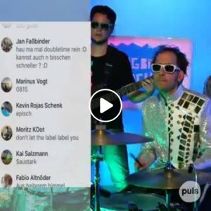 PULS Facebook Freestyle feat. Roger Rekless